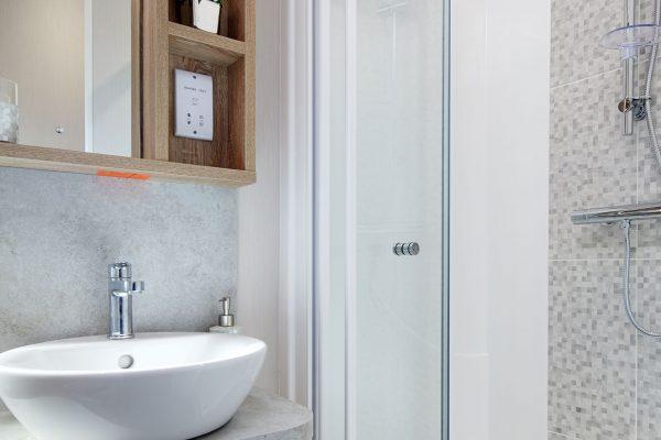 Vogue-bathroom